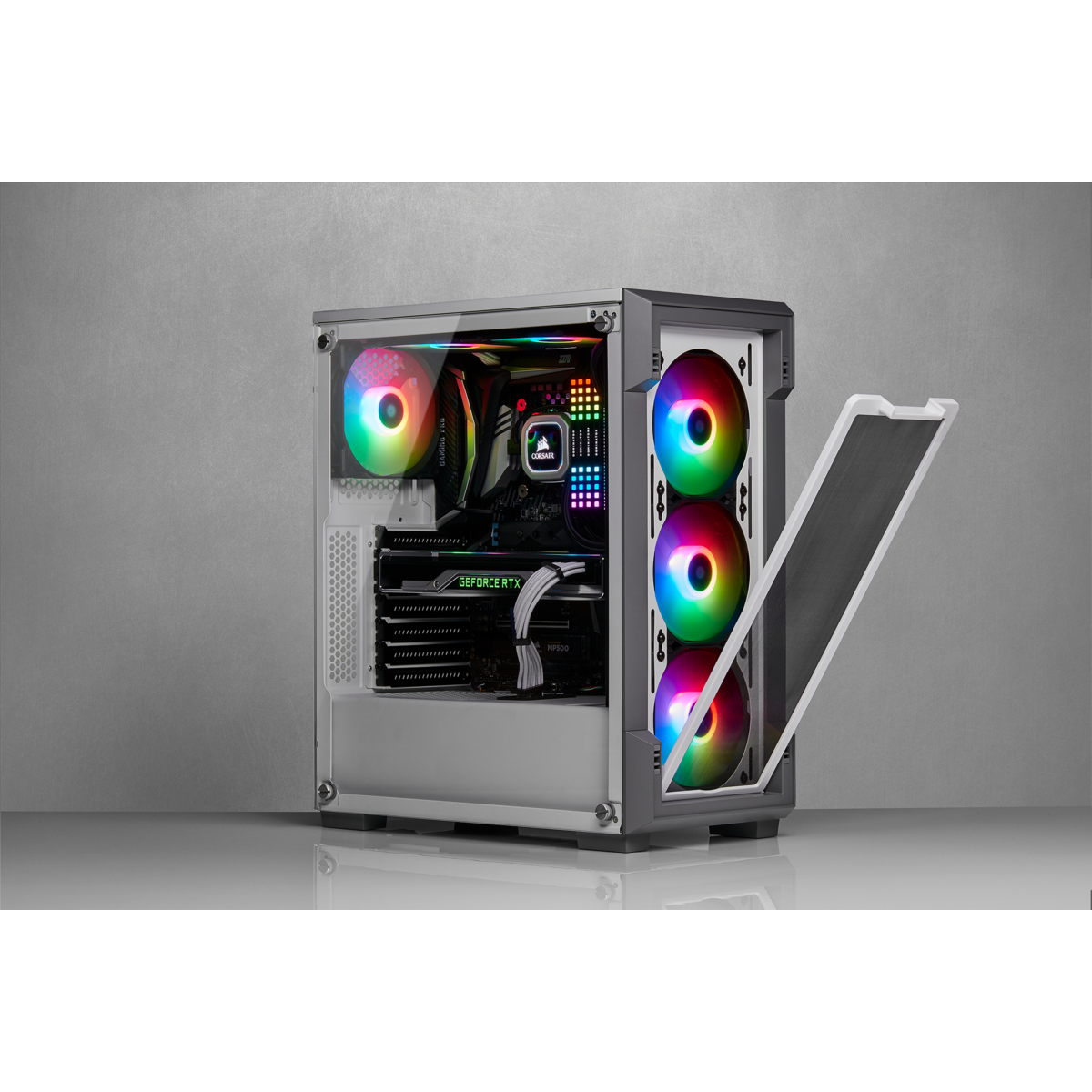 https://www.corsair.com/medias/sys_master/images/images/h0e/h97/9274331103262/-CC-9011174-WW-Gallery-220T-RGB-WHITE-20.png